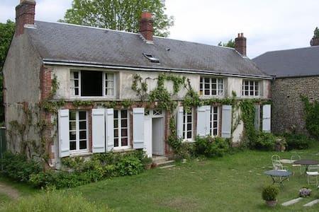Maison de charme Vexin français - Dampsmesnil - House