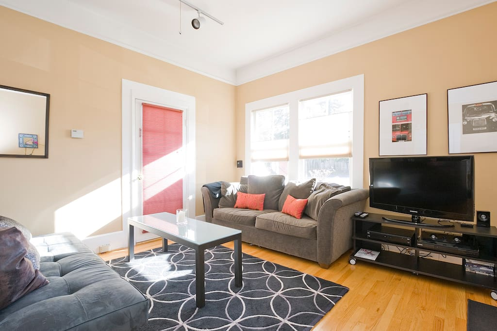 You'll enjoy the cable TV, internet TV and sound system in this room.