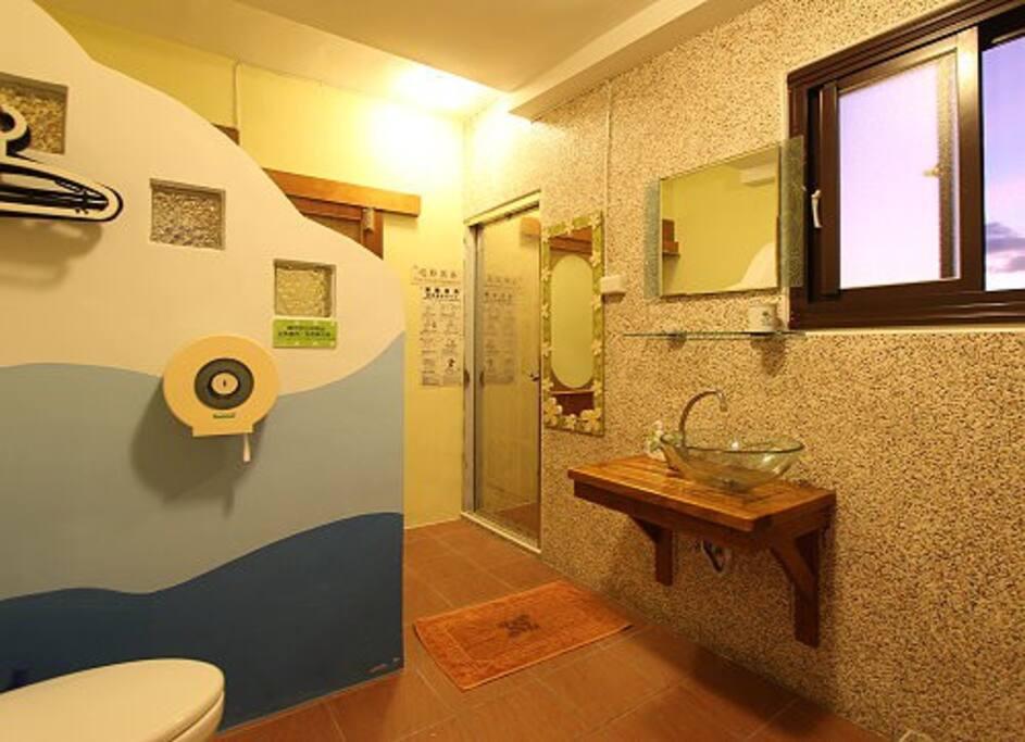 Sea View Room for 2-P Private Bathroom 面海2人房(茂宜房)衛浴