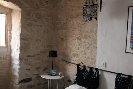 YEMAYA CHAMBRE BLEUE LLANCA ESPAGNE - Llançà - House