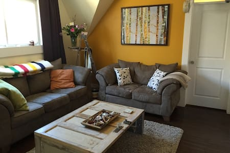 Private Apartment with Parking! - London - Lejlighed