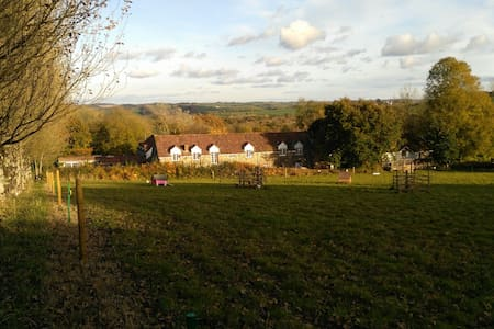 Barnacle: Relaxed, family and dog friendly space. - Atherington - Pis