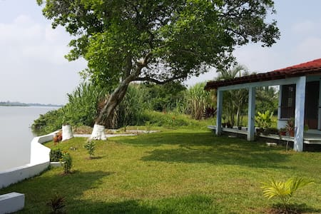 Hermosa casa frente Río Papaloapan - Heroica Veracruz - Casa
