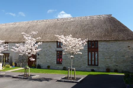 Bed and Breakfast at The Barn, Dorchester - Bed & Breakfast