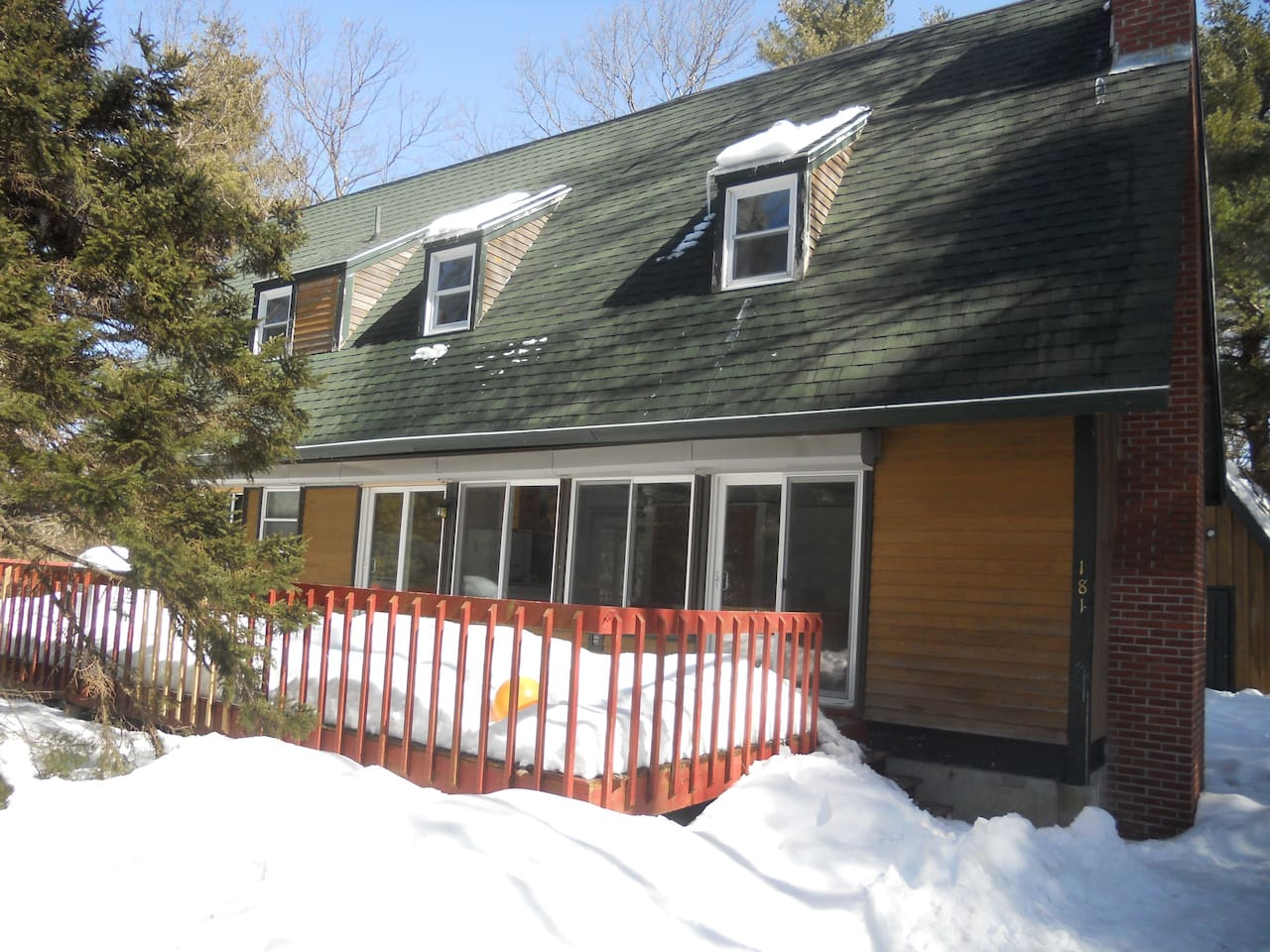 Front of the House with Full Deck