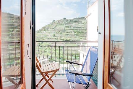 Casa vacanze Serravallo vista mare - Manarola