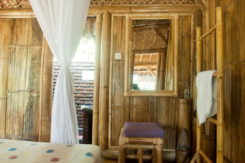 Bamboo Cottages- Rural Bali Village