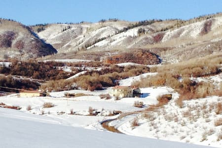 Private suite in country house, minutes from town - Steamboat Springs - Other