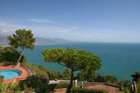 Italy with a great view !  - Bocca di Magra - Apartamento