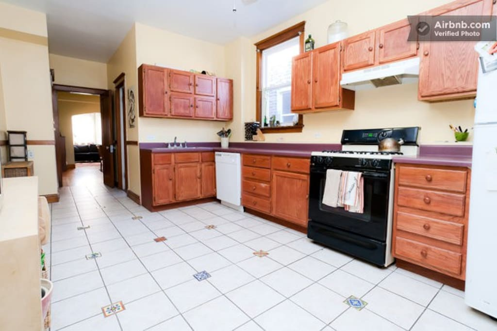 Family Friendly 3 Bedroom Apartment Apartments For Rent In Chicago