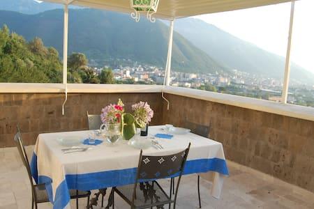 Monticelli Mansion   Suite Sea- View - Casola di Napoli