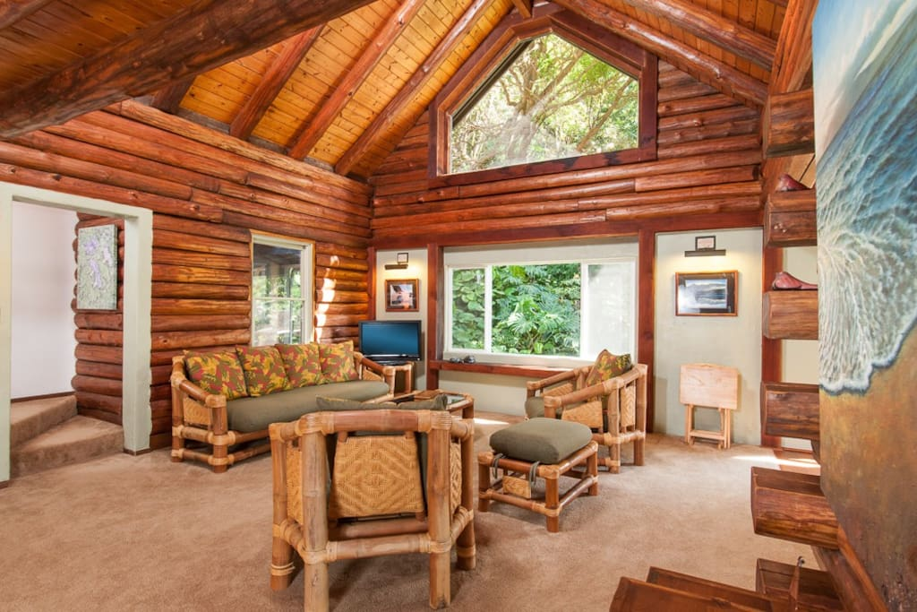 Beautiful Cathedral Ceilings and Window in the living room, elephant bamboo furniture......