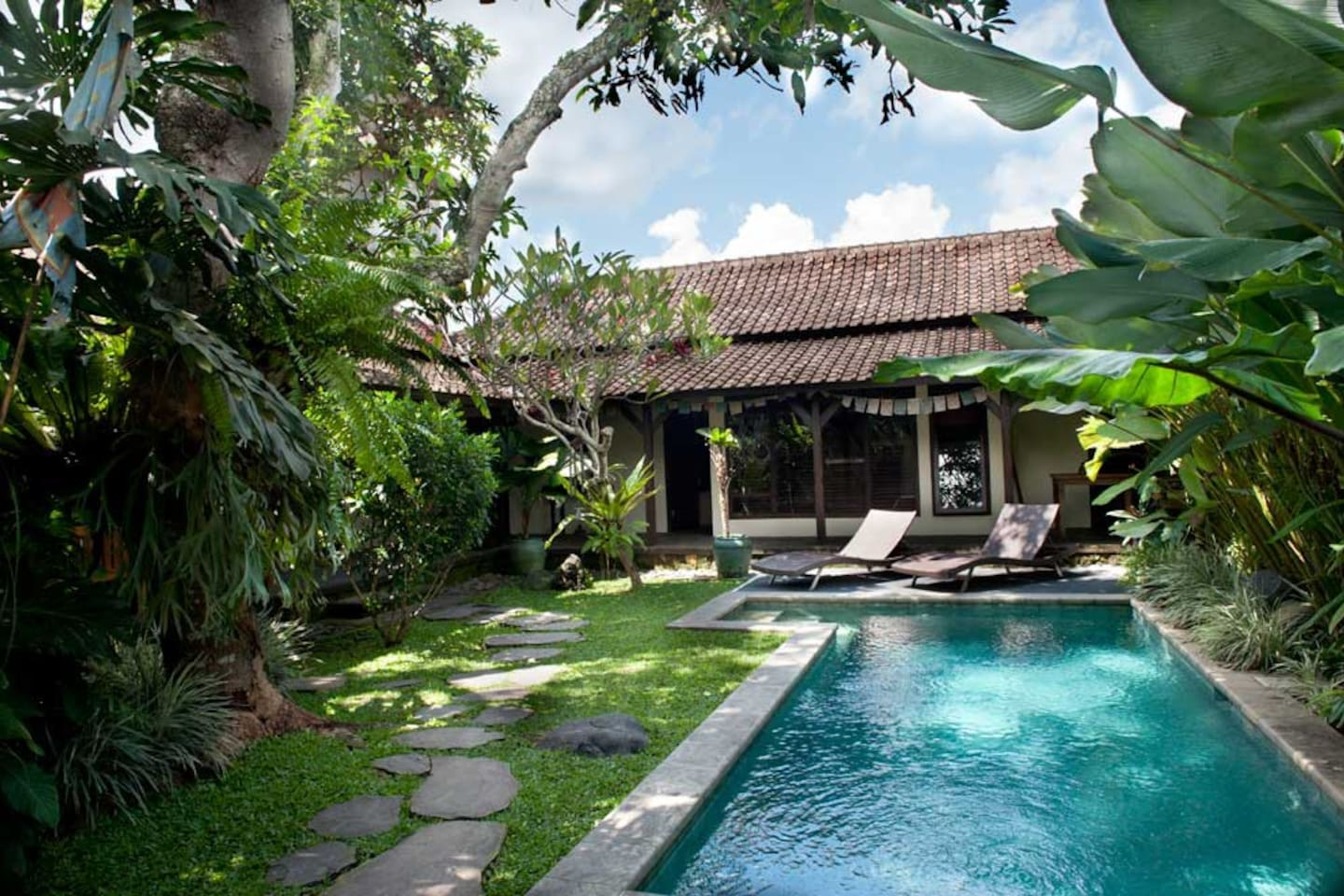 The 7meter pool is set in a lush garden shaded by tropical trees. (pool is shared).