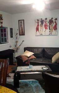 appartement proche de Paris proche metro ligne 5 - Appartement