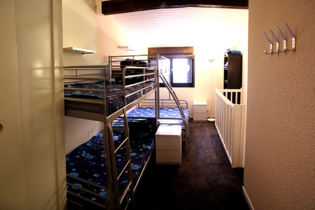 Upstairs bedroom can sleep 5, with seperate WC, shower & bathroom