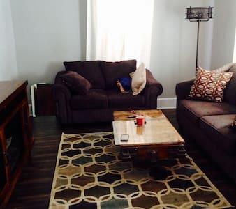 Elkhart getaway near downtown - Elkhart Lake - Apartamento