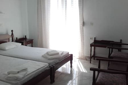 Hotel Athina - Patmos - Bed & Breakfast