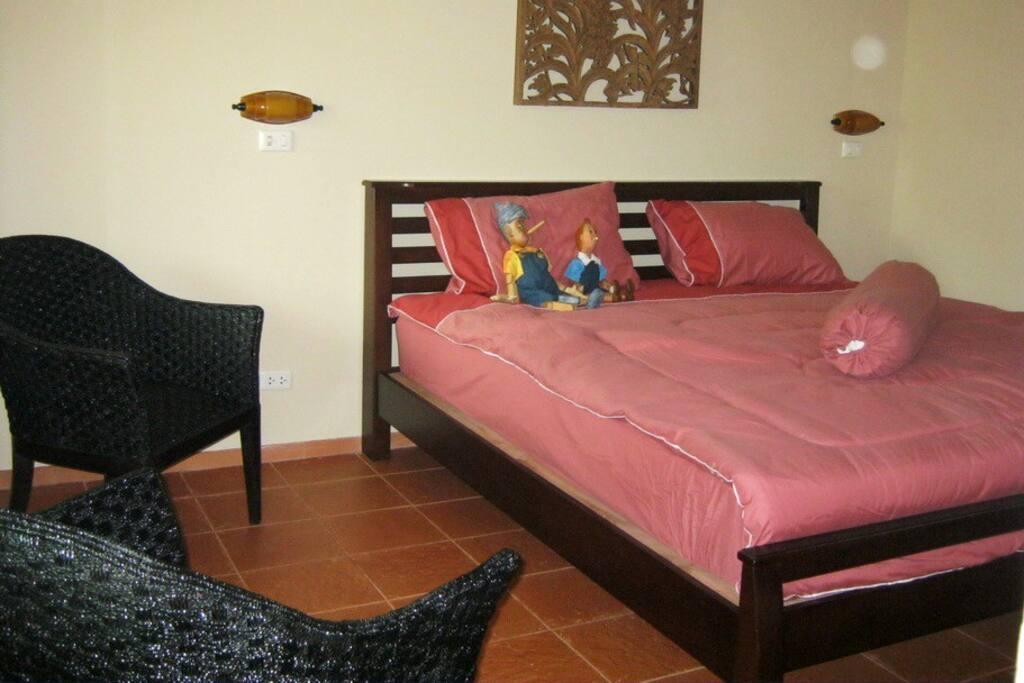 Kinkala Deluxe 2-Bedroom Apt. 2