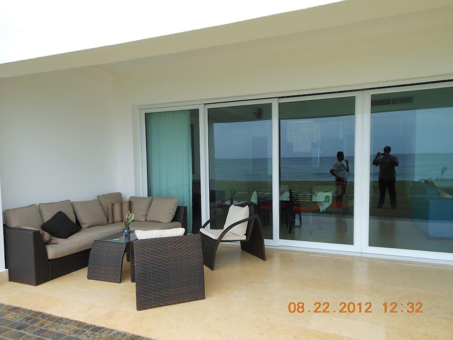 A Fabulous & Relaxing Beach Condo