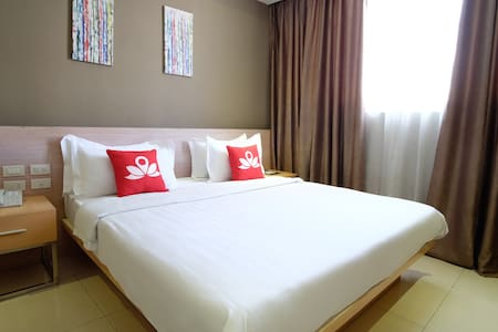 Classy Room at Binondo - Apartment