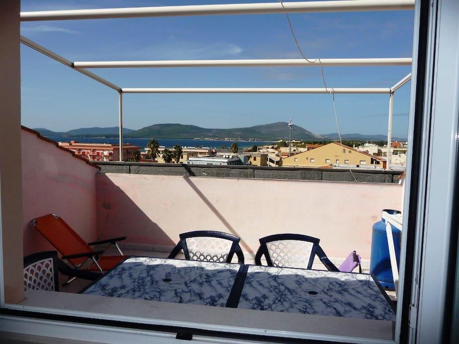 Paradise apartment sea view 8 persn
