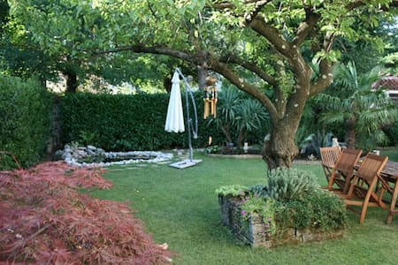 Trieste, flat with garden in Duino - House