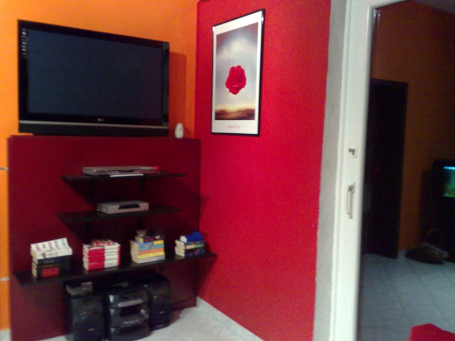 Apartments with plasma TV 107 CM