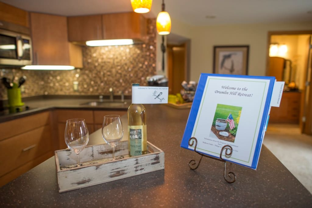 A bottle of wine awaits your welcome!  You'll also find a book with our house rules, house manual, a history of the home and property as well as our favorite restaurants and places to go in Madison!
