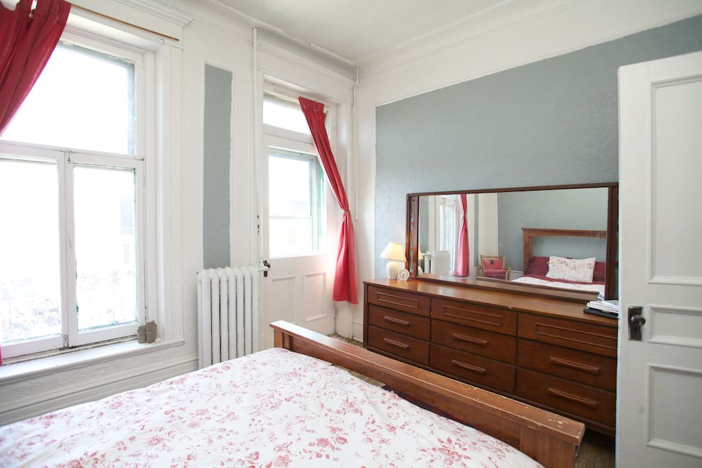 Gorgeous room in Mile End Gem