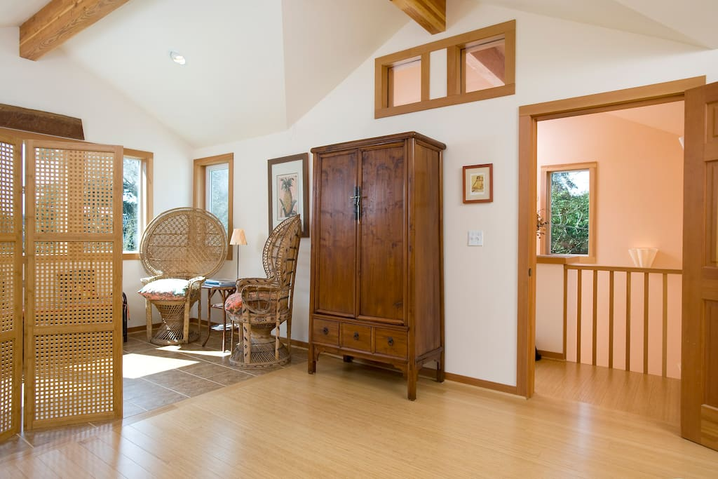 Fun room, privacy, great views!