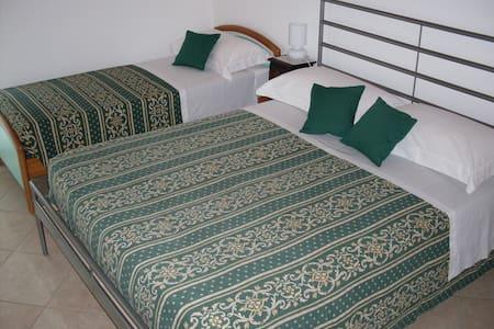 B&B Casa La Camillona - Mare Relax  - Bed & Breakfast