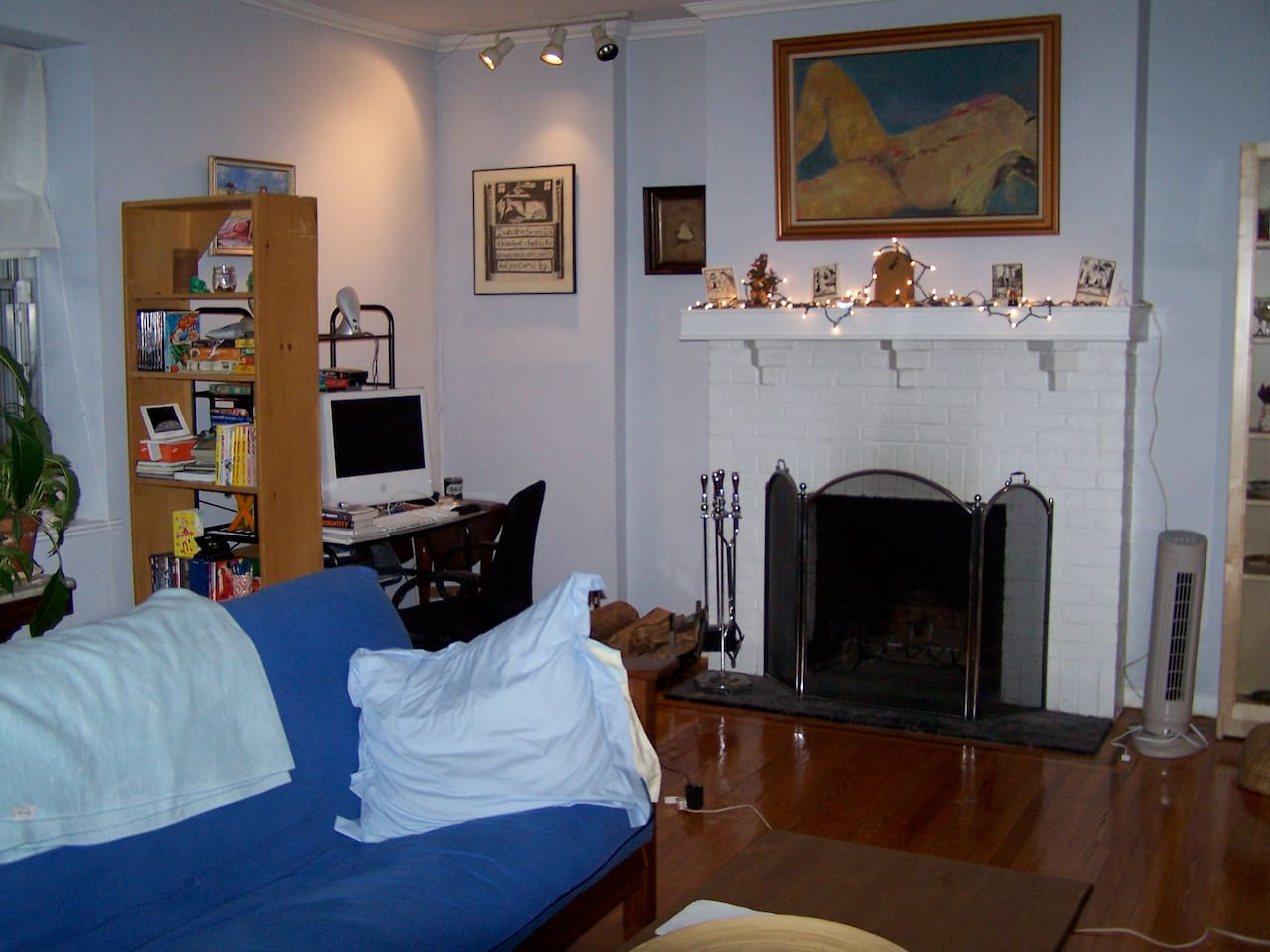 Another shot of the living room. Lots of art....