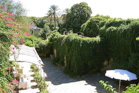 Monolocali in affitto in dimora storica - Spongano - Flat