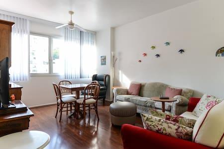 Ipanema Hot Spot 2 bedroom apt - Apartment