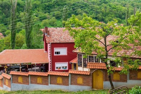 Relaxing time in Southern Serbia! - Bed & Breakfast