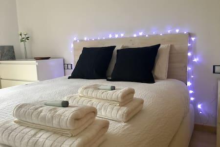 Apartamento muy luminoso y acogedor en el centro - Wohnung