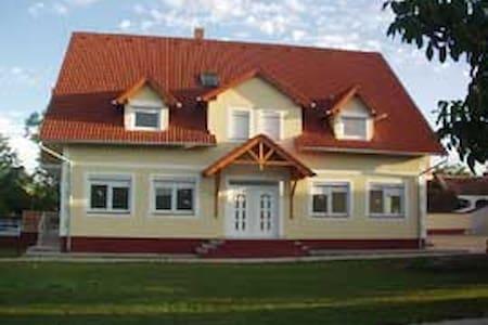 Residence Josef - Appartments  - Szakony - Wikt i opierunek