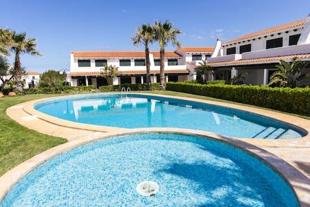 Nice House swimming pool&sea views - Rumah