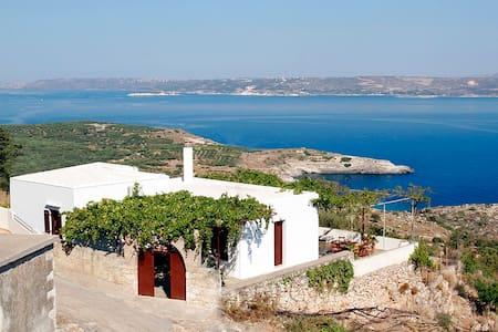 Sea View Traditional Villa in Crete - Villa