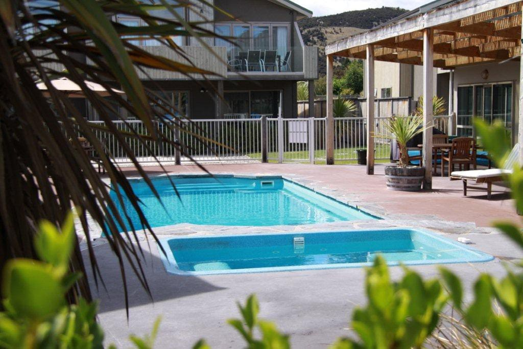 Swimming pool (heated in summer) and heated spa pool