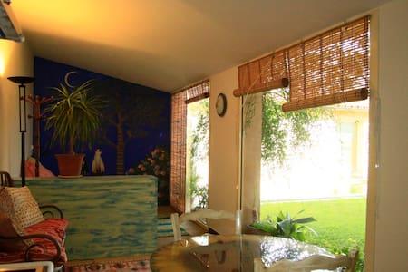 apartamento con piscina -el girasol - Wohnung