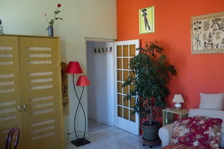 Bright apartment - 3 rooms in Sète
