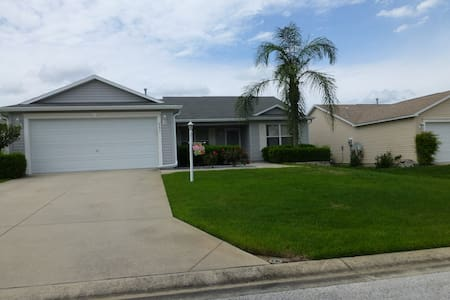 Lovely 3 bedroom home with lanai. - The Villages