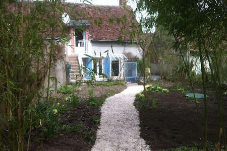 Maison typique à Chaumont sur Loire - Chaumont-sur-Loire