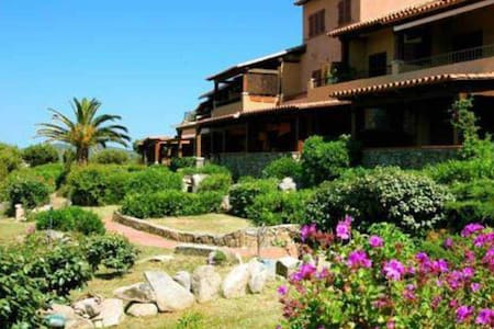 APPARTAMENTO - COSTA SMERALDA - Marinella - Appartement