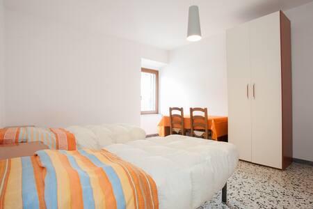 Casetta in centro storico TUSCANIA. - Apartment