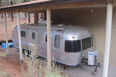 Airstream Trailer - Feather River - Camper/RV