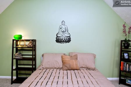 Serene Buddha Room w Private Bath