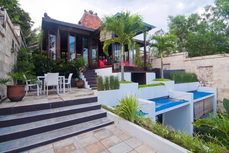 Ocean-Villa Alcheringa Yogyakarta