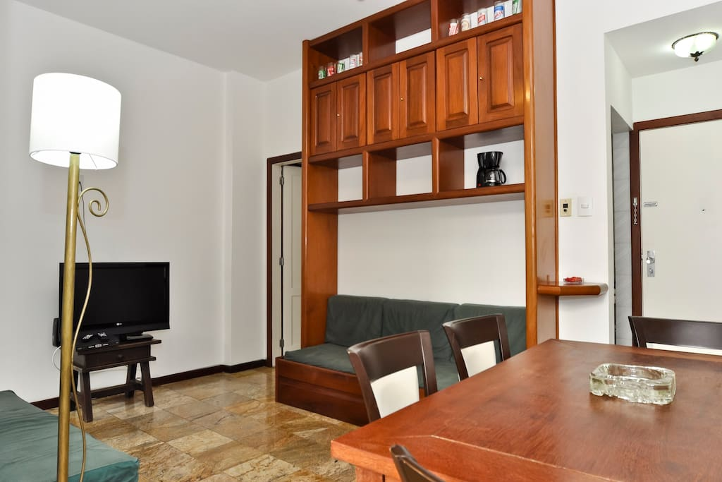 Cosy 1 bedroom  heart of Leblon Rio